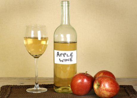 jak-zachowac-lato-na-zime-–-owoce-zamkniete-w-sloikach-i-butelkach3