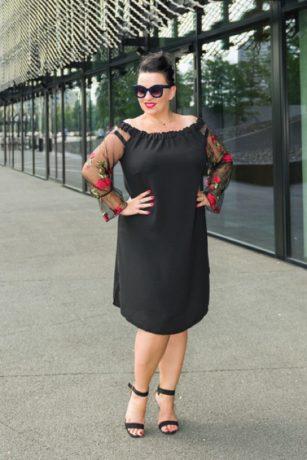 pol_pm_czarna-sukienka-madame-plus-size-1782_1