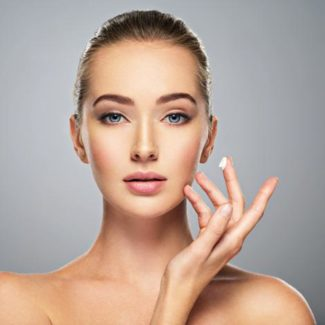 Peelingi do twarzy od L'Oréal